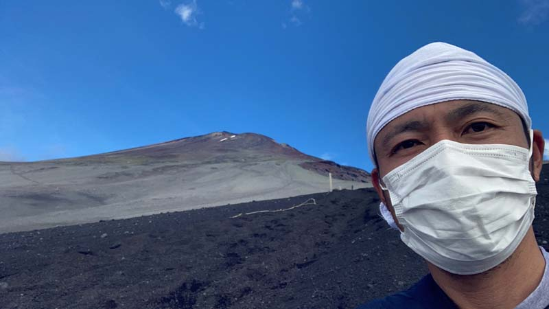 小学生と富士山登山